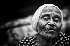 This old woman called TokChik Besah by most people around Beruas, Perak. She inherited the knowledge and skills of midwifery through her mother, also a traditional midwife.
