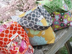 Awesome handmade bags by Mama Roux at Flickr.   LOVE!!