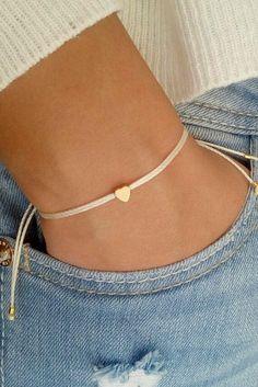 Bracelet tendance 2018 Zoom en images du bracelet tendance 2018 pas cher. Découvrez les tendances bijoux de la saison à shopper chez Asos, Mango, Zara , la redoute, La boutique, agatha, mon showroo…