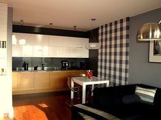 kuchnia Glimy Kitchen Island, Table, Furniture, Home Decor, Island Kitchen, Decoration Home, Room Decor, Tables, Home Furnishings