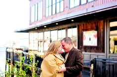 Rachel + Derek | Engaged! | Portland, Maine Engagement Session | Fort Williams Engagement Session | Maine Engagement Photographer » Justine Johnson Photography