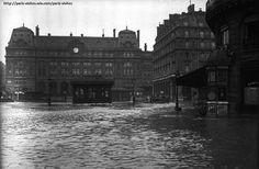 Port St-Lazare...non, la #gare durant les #inondations de 1910 à #Paris.Impressionnant !#France #histoire #SNCF