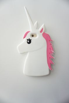 Unicorn iPhone Case. Más