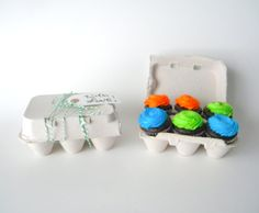 10 Recycled Paper Pulp Egg Cartons That Split Into 2 Cartons