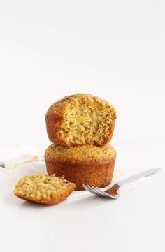 Krümelig perfekte Vegan Cornbread FÜR ZWEI!  Nur 1 Schüssel erforderlich #vegan