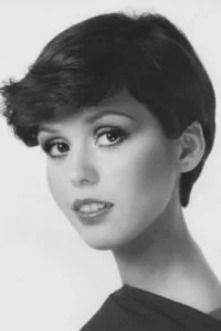 The Best Hairstyles From The 70 S You Should Try Now 70s Hair Short Hair Styles Hair Styles