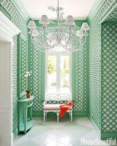 Beautiful lattice wall treatment