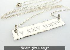 Sterling Silber Kette mit Römischen Ziffern Datum von EngravedJewelry auf DaWanda.com
