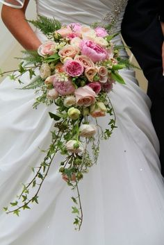 Beautiful trailing shower bouquet in soft pale pinks - wedding bouquet - pink wedding flowers Cascading Wedding Bouquets, Cascade Bouquet, Bridal Flowers, Floral Wedding, Trailing Bouquet, Wedding Blush, Purple Wedding, Spring Wedding, Trendy Wedding