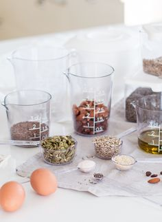 GastroMax measuring rnage and food storage containers Recipe For Success, Food Storage Containers, Glass Of Milk, Table Decorations, Baking, Easy, How To Make, Recipes, Tools
