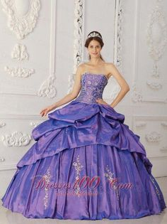 a49db2eaddb Large collection of quinceanera dresses and custom made quinceanera gowns