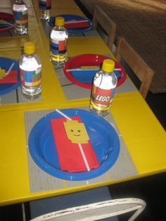 Lego party table settings
