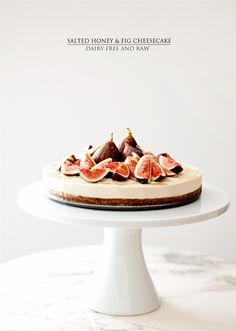 salted honey and fig cheesecake 13 other delicious fig recipes Köstliche Desserts, Delicious Desserts, Dessert Recipes, Yummy Food, Fig Recipes, Raw Food Recipes, Sweet Recipes, Yummy Treats, Sweet Treats