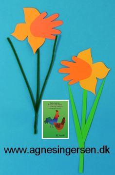 Påskeliljer | Agnes´ kreative univers Easter Crafts For Kids, Baby Crafts, Diy For Kids, Diy And Crafts, Teaching Kids, Kids Playing, Origami, Seasons, December