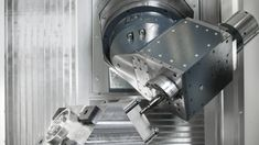 5 axis CNC milling machines with or without pallet changer | HELLER