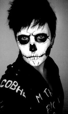 Skull Face Makeup, Face Paint Makeup, Sugar Skull Makeup, Skeleton Face Paint, Sugar Skull Face Paint, Skeleton Makeup, Sugar Skulls, Halloween Zombie Makeup, Halloween 2017