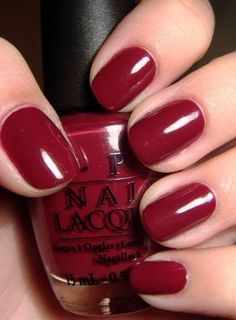 Opi's 'Just A Little Rösti At This' - my perfect deep red wine/cranberry colour. Goes with every outfit, vampy without going overboard. Looks best on short nails.