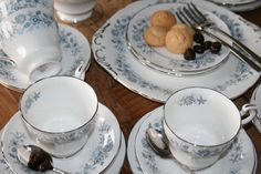Royal Standard English tea set in vintage blue and door HomiArticles