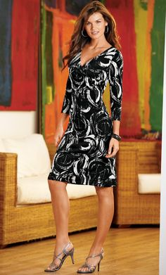 Long Elegant Legs Women's Clothing at up to 90% off retail price! Discover over 25, brands of hugely discounted clothes, handbags, shoes and accessories at thredUP.