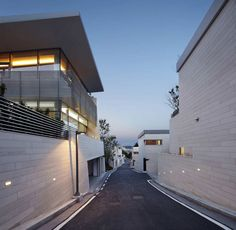 Seongbuk Gate Hills by Joel Sanders Architect and Haeahn Architecture | HomeDSGN