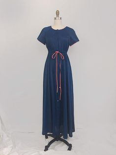 1970s Navy   Coral Nylon Dressing Gown by Vanity Fair • Size Small a2854fbae