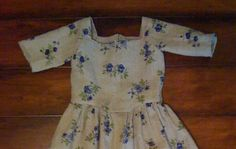 18th Century Linen Gown for a Child Age 6