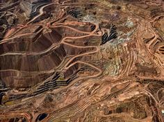 Tyrone Mine, Silver City, N.M. Edward Burtynsky's Mesmerizing Images of Copper Mines - The New York Times