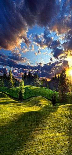 Country Strolling - Milwaukee, Wisconsin, USA by Phil Koch