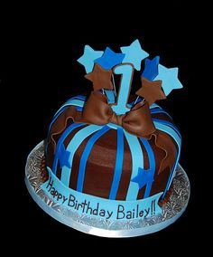brown and blue birthday cake with stripes and shooting stars Birthday Cakes For Men, Cakes For Boys, Birthday Parties, Birthday Ideas, Shooting Stars, Cake Designs, Cake Decorating, Food Porn, Cupcakes