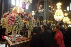 Beautiful Kouvouklion decorated to carry the Epitaphios Church Flowers, Orthodox Christianity, Holy Week, Lent, Side Tables, All Things, Fairy Tales, Greece, Christmas Tree