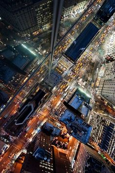 Intersection   NYC - by: (Navid Baraty)