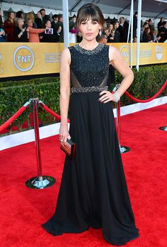 Clea Duvall (Argo) donned a Gomez-Gracia gown featuring a hand-embroidered Swarovski crystal bodice, sheer chiffon back and flowing silk-chiffon skirt at the 2013 SAG Awards.