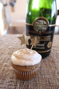 Almond Champagne Cupcakes #almond #champagne #cupcakes #vegan #newyear #wilsoncreek #almondchampagne #localwine #california #Temecula #natural #wholewheat #healthybaking #celebrate