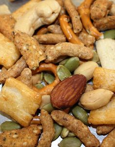 TAIL GATE CRUNCH SNACK MIX, Sesame sticks/peanuts/pretzels, nuts, Albanese,fresh #albanese