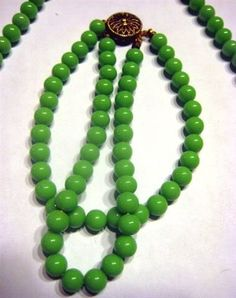 JADEITE GREEN PEKING GLASS Signed STERLING Vintage Necklace and Bracelet SET!40% OFF!...WITH FREE U.S.SHIPPING!...INTERNATIONAL CUSTOMERS WELCOMED!