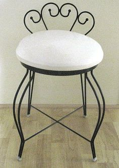 Vintage Vanity Stool. I Just Bought One Of These!