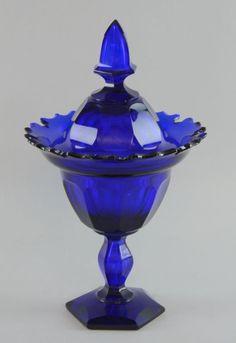century German glass vase and cover with Van Dyke : Lot 1606 Vintage Glassware, Surrey, Or Antique, Jun, 19th Century, Glass Vase, Perfume Bottles, German, Antiques