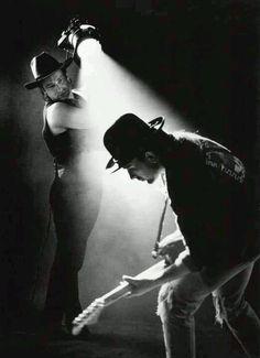 Live Muziek, Rockmuziek, Rock En Roll, Filmaffiches, Concerten, Band Fotografie, Muziekgroep, Schaduwfotografie, Film Noir