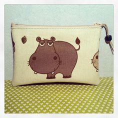 Trousse Hippo rigolo en tissu et simili cuir : Trousses par l-atelier-de-lily-rose