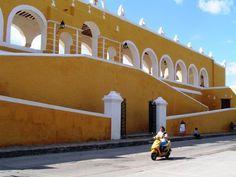monasstery in Izamal (Yucatan)