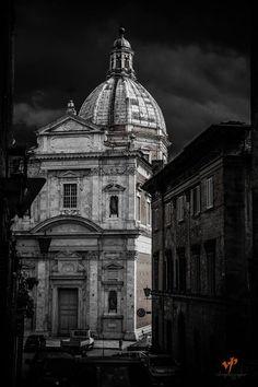 Collegiata di Santa Maria in Provenzano - Foto di Velvet Photographer su Facebook - #Siena #BasilicaDiProvenzano #Toscana