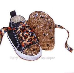 baby shoes ❤ these are so cute omg i want my future child to wear these!