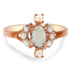 10K Rose Gold The Neomi Ring from Brilliant Earth