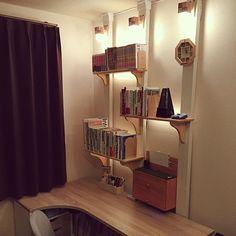 男性で、のディアウォール/DIY/ダイソー/棚についてのインテリア実例を紹介。「ディアウォールで棚と関節照明つけました。」(この写真は 2016-02-25 21:15:31 に共有されました)