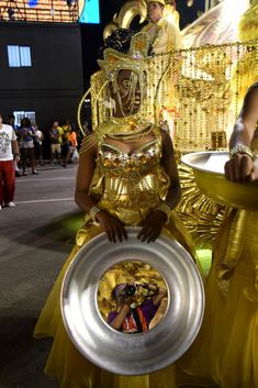 Photo listed in People Shot taken with NIKON 4 shares and 33 likes. Nikon D810, Carnival