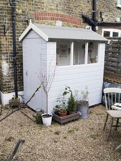 Before & After: Artemis' Tiny Garden Shed Makeover: gallery image 3 . - Before & After: Artemis' Tiny Garden Shed Makeover: gallery image 3 - Shed Conversion Ideas, Painted Shed, Rustic Shed, Shed Of The Year, Shed Makeover, Home And Garden Store, Small Sheds, Shed Colours, Shed Kits