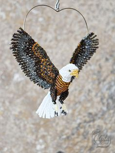 Bald Eagle Suncatcher Bird Brooch Beaded Bird Ornament Bird Necklace Bird Lover Gift Beaded Eagle Figurine Room Decor/ Made to Order Bird Ornaments, Beaded Ornaments, Collar Indio, Wire Jewelry, Beaded Jewelry, Jewelry Cleaning Cloth, Bird Necklace, Beaded Animals, Beads And Wire
