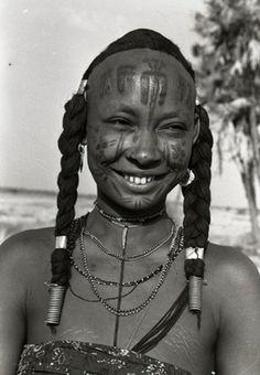 Peuple du nord du Cameroun - ✯ www.pinterest.com/WhoLoves/Smiles ✯ #smile