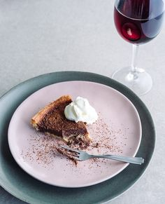 The mousse-like texture and definite hint of red wine make this tart the perfect decadent dinner party dessert Pastry Shells, Tart Shells, Cocktail Essentials, Dinner Party Desserts, Shortcrust Pastry, Alcohol Recipes, Wine Making, Cocktail Recipes, Red Wine