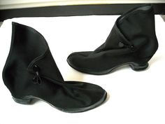 Vintage Black Cover Up Rain Boots by Baxtervintage on Etsy, $43.00